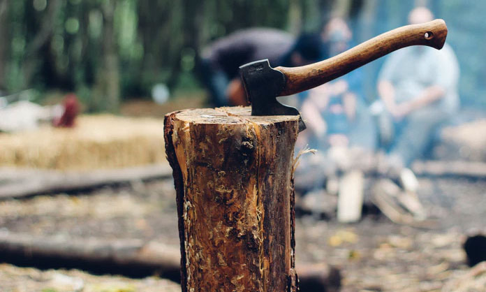 Become The Perfect Camping Guru: Working With Firewood
